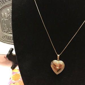 Jewelry - 14k solid yellow gold heart diamond pendant/ chain
